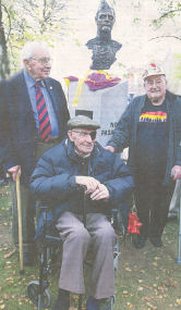 L-R: Jack Jones, Bob Doyle  and Frank Edwards at the sculpture